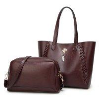 H735 - Wax Oil Shoulder Bag