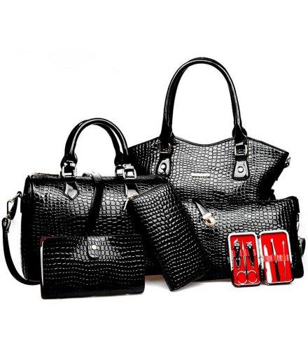 H739 - Crocodile pattern handbag