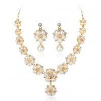 SET424 - Pearl necklace earrings set