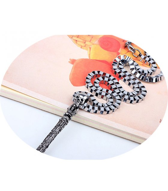 MJ063 - Medieval Crown Wand necklace