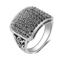 MJ082 - Diamond retro ring