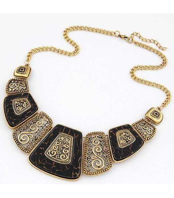 N1095 - Gold Carved Simple Necklace