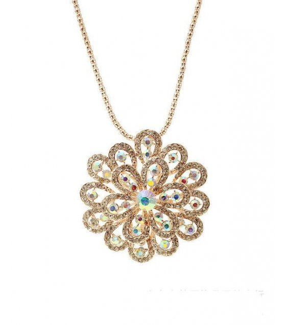 N1205 - White Rhinestone Necklace