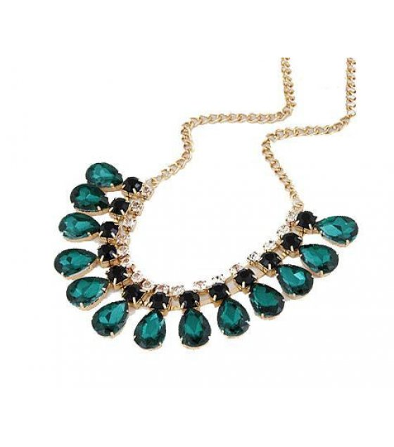 N1318 - Green Gem Droplet Necklace