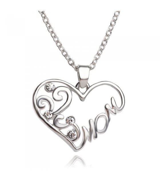 N1388 - Love Heart Short Necklace