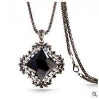 N1617 - Black Gemstone summer necklace