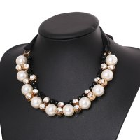 N1759 - Exquisite pearl necklace