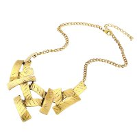 N1772 - Geometric box Necklace