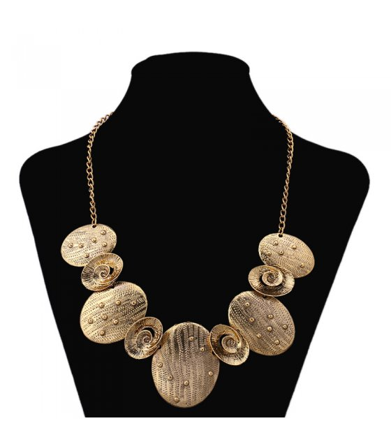 N1813 - Exaggerated necklace