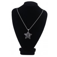 N1847 - Long five-pointed star necklace
