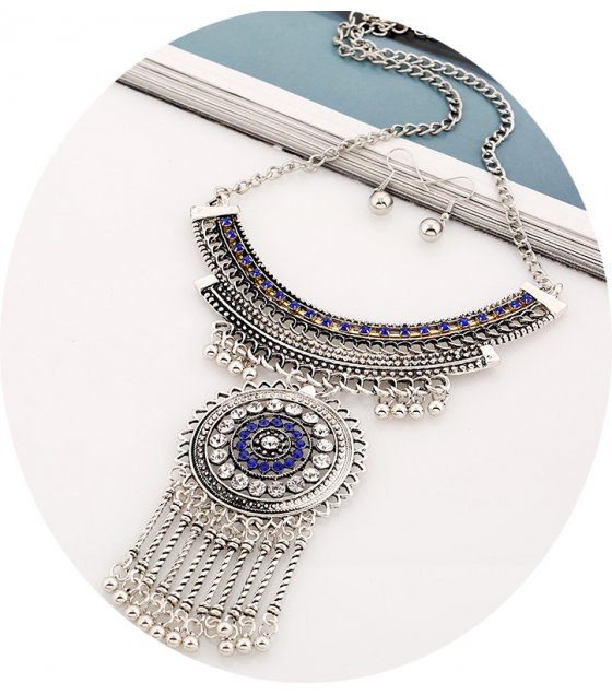 N1927 - Diamond tassel exaggerated clavicle necklace