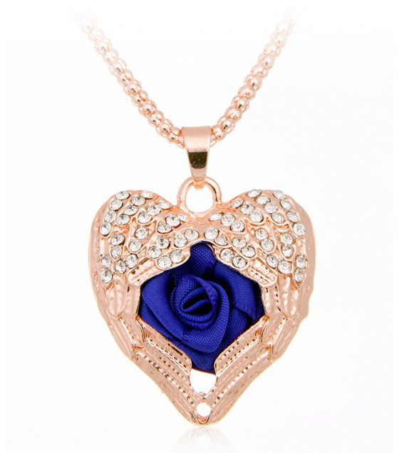 N1931 - Rose Heart Pendant Necklace