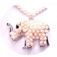N2116 - Elephant full of pearls sweater chain