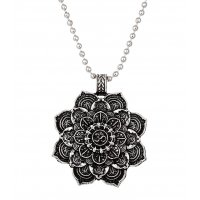 N2170 - Mandala flower necklace