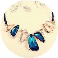 N2289 - Crystal diamond short clavicle chain