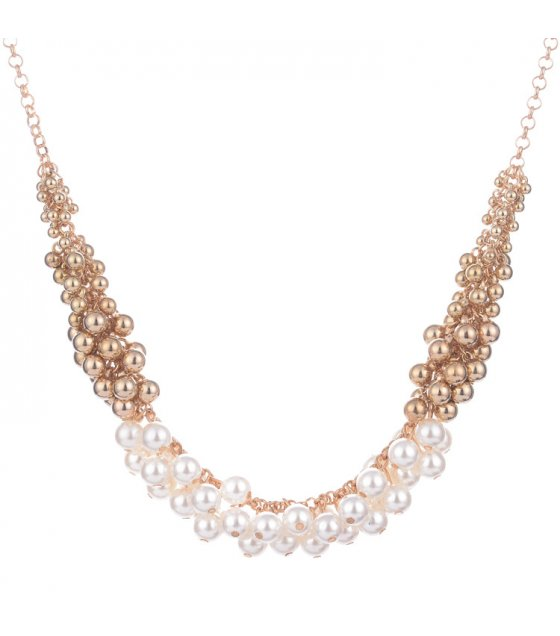N2317 - Short Pearl Necklace