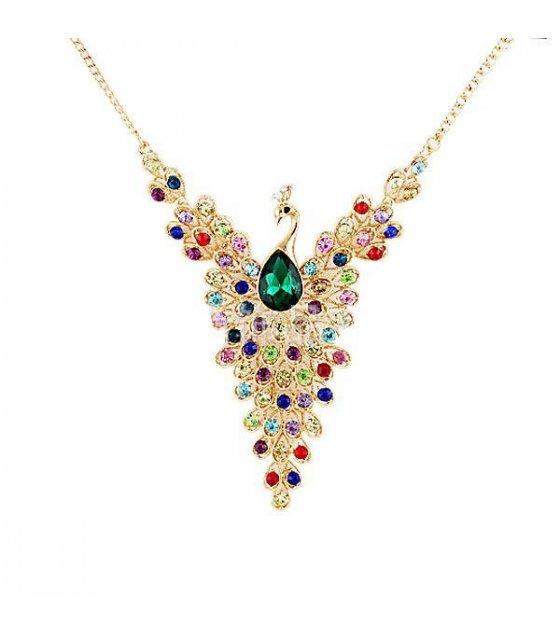 N901 -  exquisite gem peacock necklace