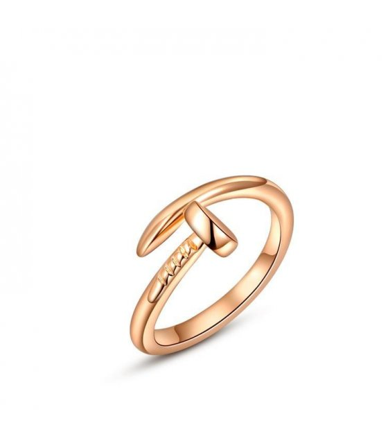 R106 Rose Gold Nail Ring Design