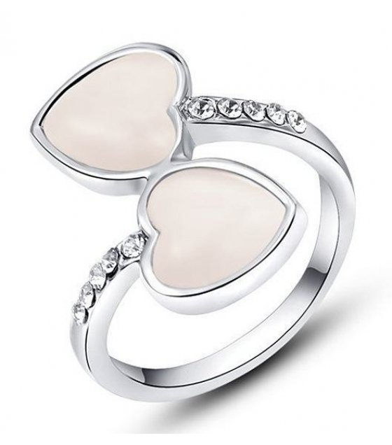 R158 - Silver Plated Heart Ring