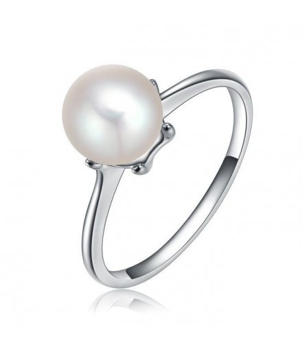 R186 - Silver Pearl Ring