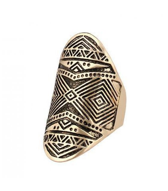 R228 - Carved Bohemian Ring