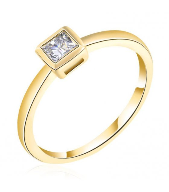 R271 - Golden Square Ring