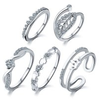 R295 - Five Piece Silver ring Set