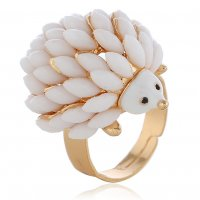 R551 - Hedgehog animal fashion ring