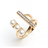R559 - Fashionable Simple Beautiful Temperament Ring
