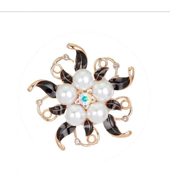 SB066 - Floral Pearl Luxury Brooch