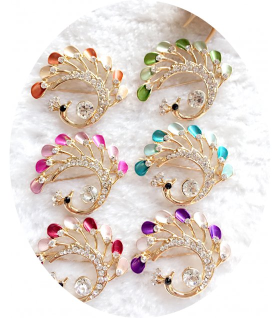 SB124 - Swan peacock brooch