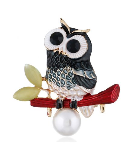 SB260 - Alloy owl brooch