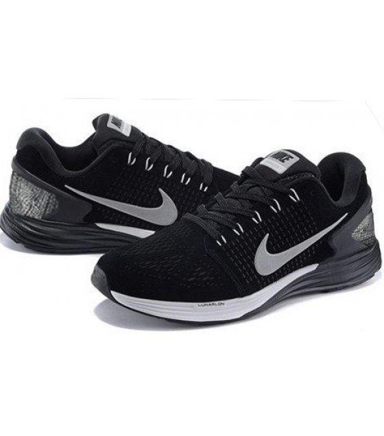 MS059 - Nike Men's Lunarglide 7 Running Shoe