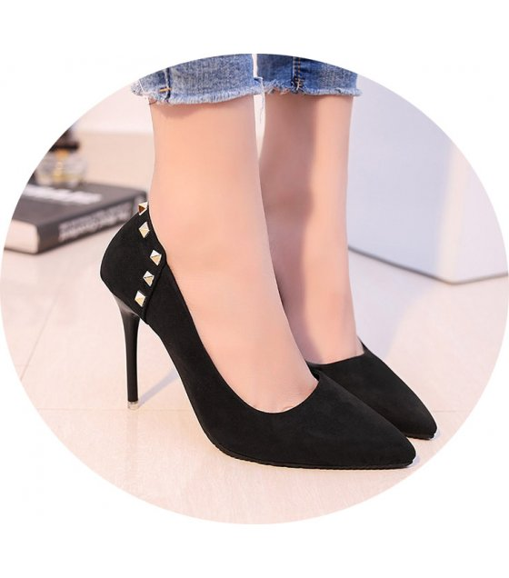 SH141 - Rivet pointed women's shoes