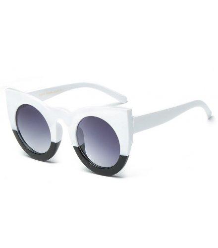 SG413 - Cool cat eye sunglasses