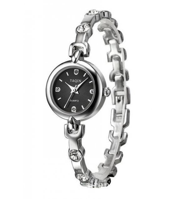 W1076 - Metal chain buckle strap watch