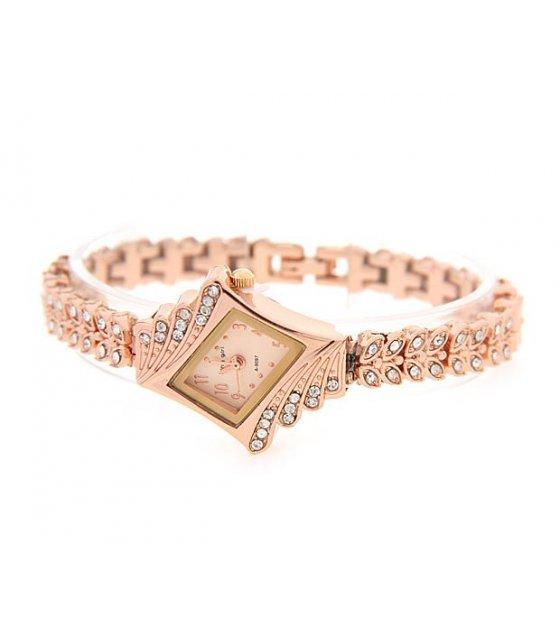 W009 - Rose Gold Luxury Diamond Watch